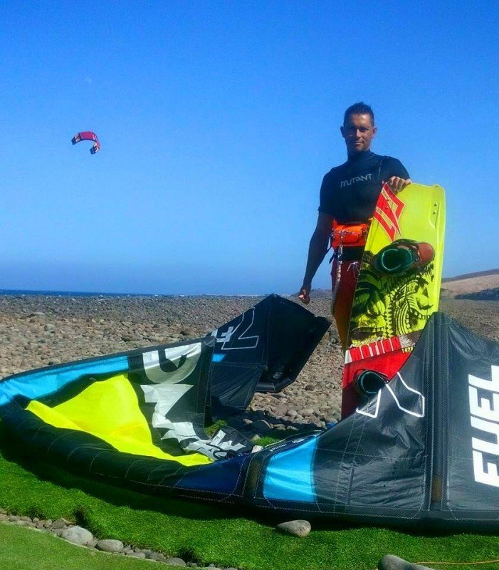 Kitesurf private course 2,5h_Discover